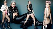 Miley Cyrus Shorts Culo Areola Pezón Cuero Con Botas