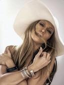 Jennifer Lopez Topless Pezones